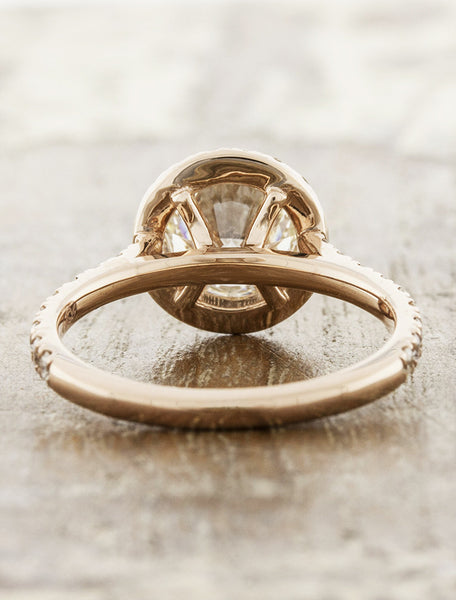 halo round diamond in rose gold band