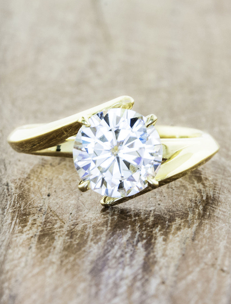 Unique modern engagement ring;caption:2.50ct. Round Diamond 14k Yellow Gold