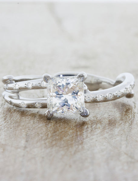 Nature inspired engagement ring leaf prongs;caption:1.00ct. Princess Cut Diamond Platinum