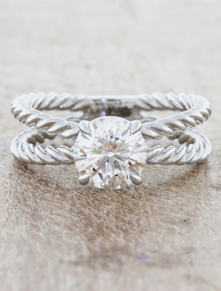 Round Diamond in a Rope Band