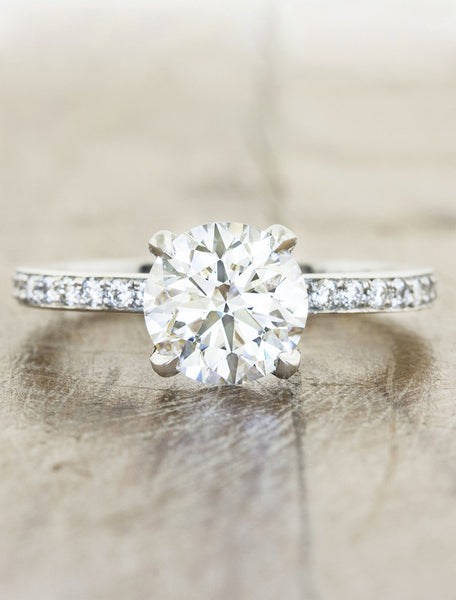 classic round diamond solitaire ring;caption:1.50ct. Round Diamond Platinum
