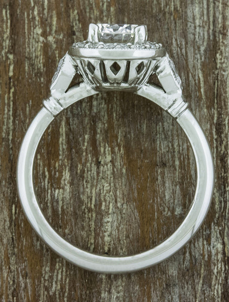 intricate setting, brushed platinum engagement band