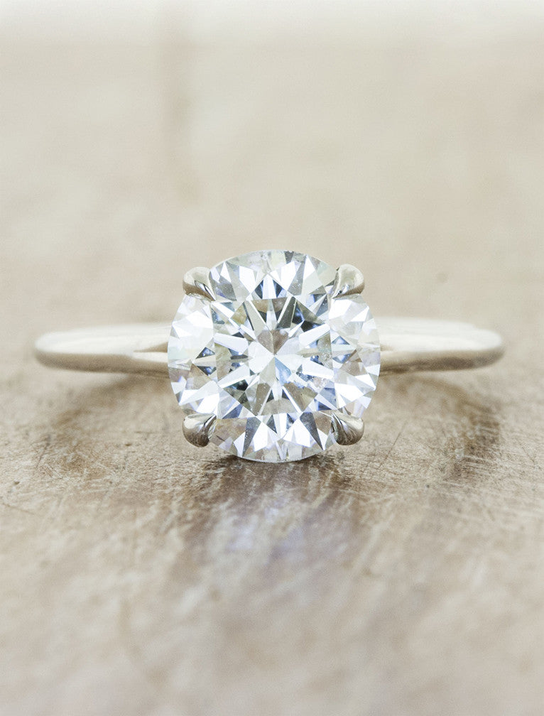 caption:1.02ct Round Diamond Platinum