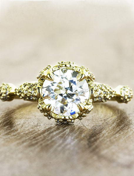 intricate round diamond engagement ring, gold band