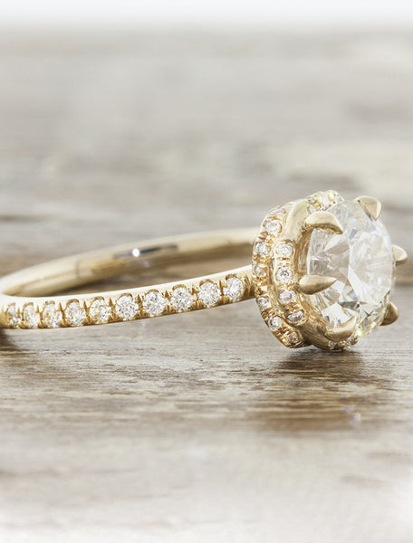crown setting round diamond ring, yellow gold pave band
