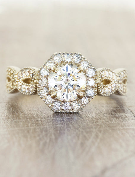 Vintage halo;caption:0.75ct. Round Diamond 14k Yellow Gold