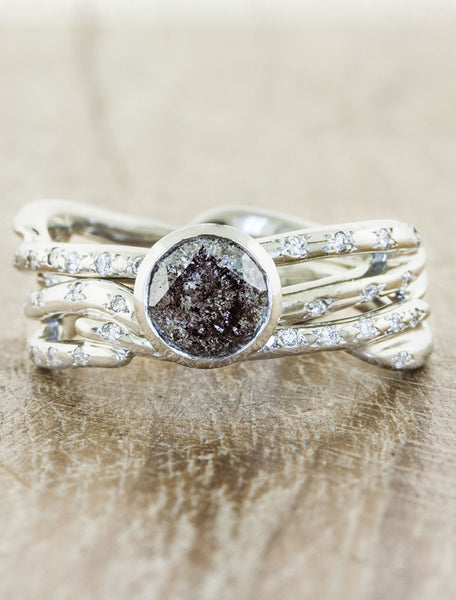 caption:1.58ct Grey Round Diamond 14K White Gold with Selene