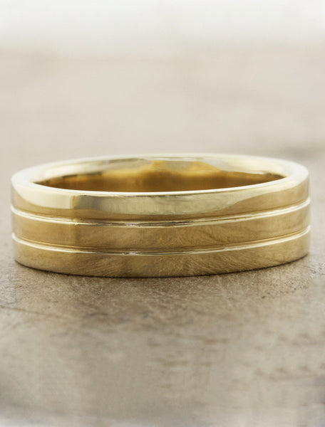 classic men's 5.5m channel wedding ring - yellow gold