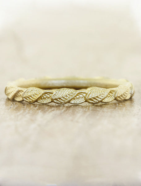 overlapping leaf wedding ring
