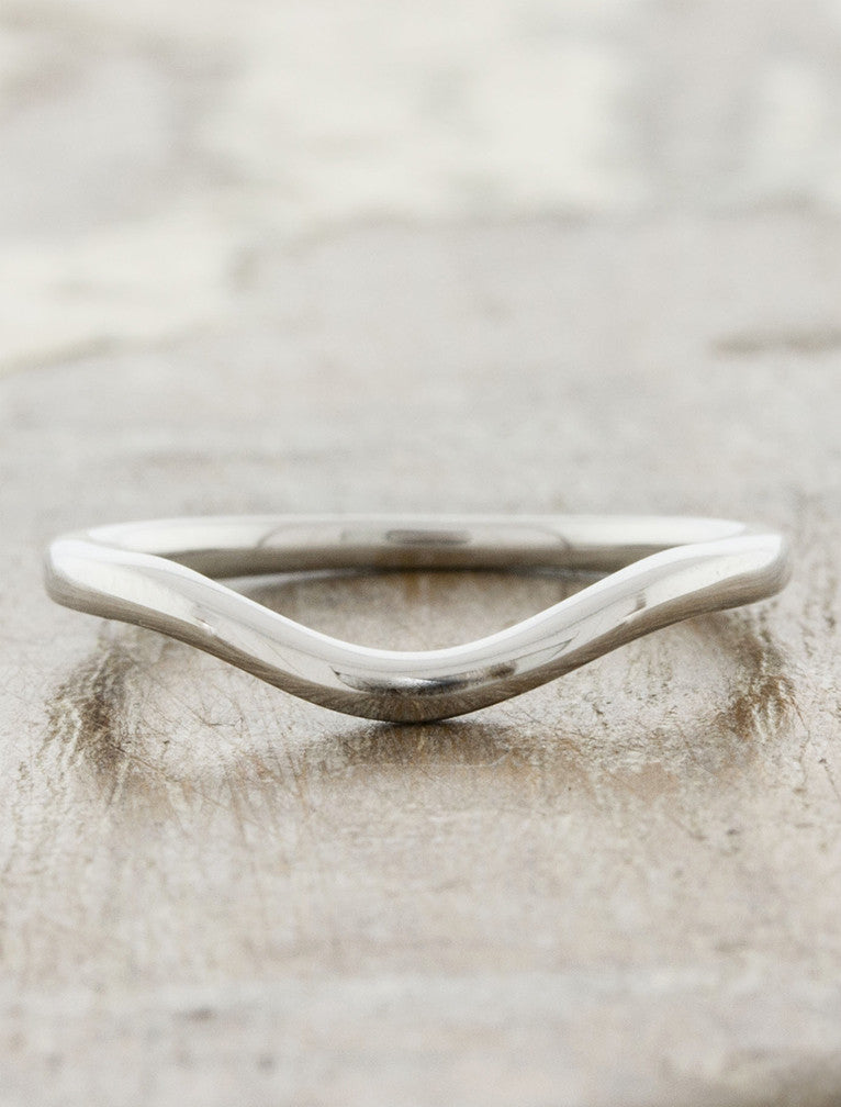 simple contoured wedding band