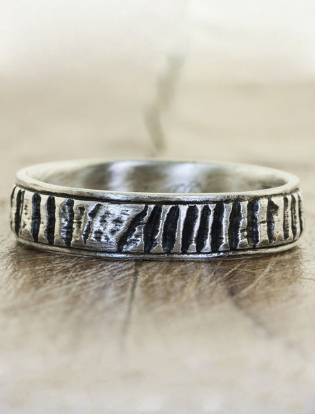 rough texture mixed metal banded wedding ring