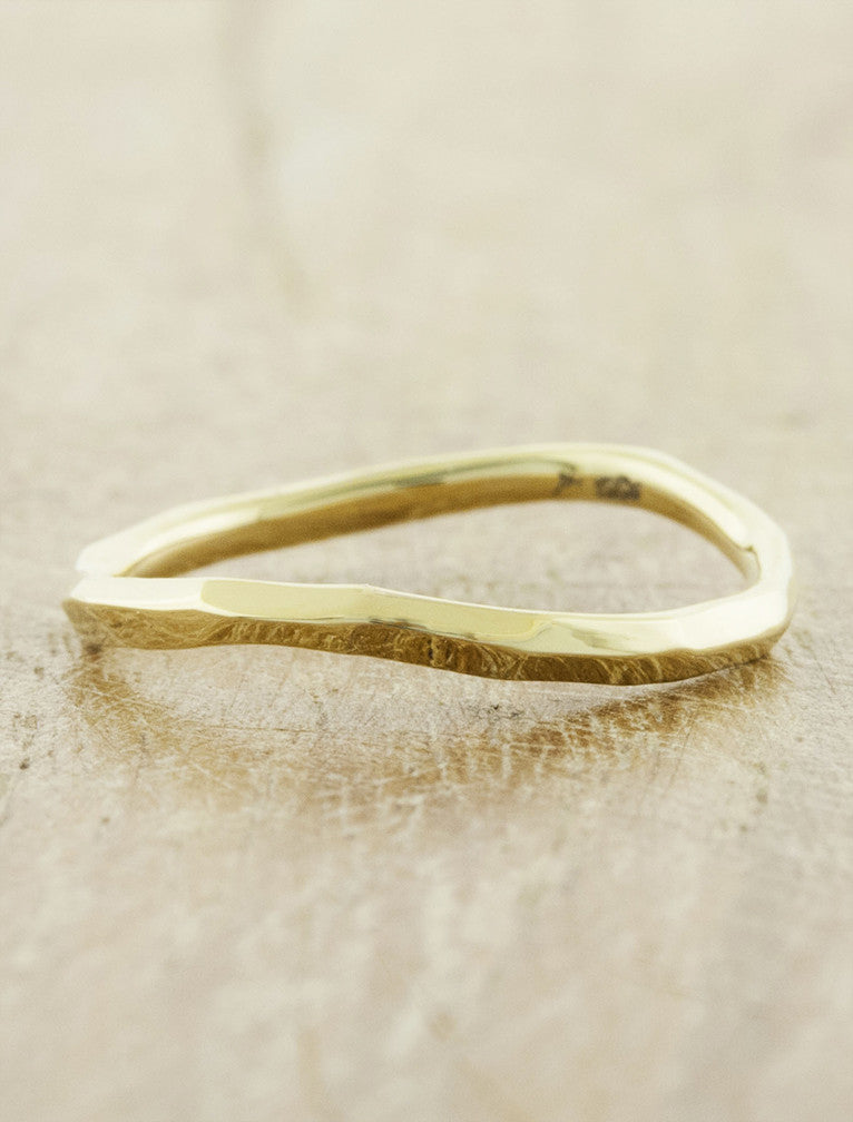 modern knife-edge wedding band