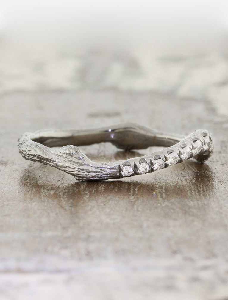 wave and bar textured wedding band