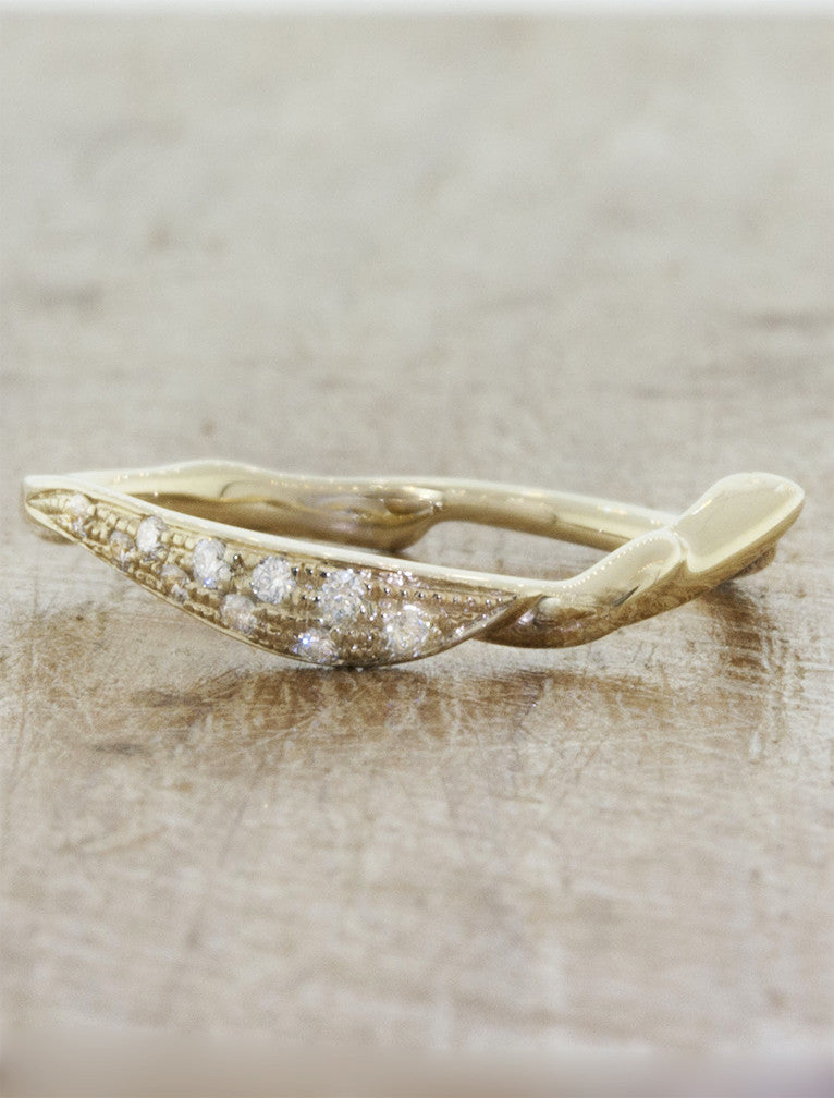 Unique wedding ring nature inspired