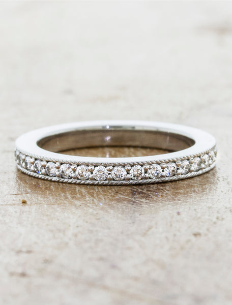milgrain intricate wedding band