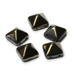 Pyramid Beads 12x12mm Jet Valentinite