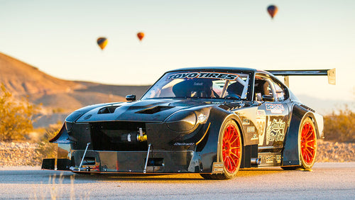 Under 2,400lbs!? V8 Powered All-Carbon Body 240z, Built for the Track