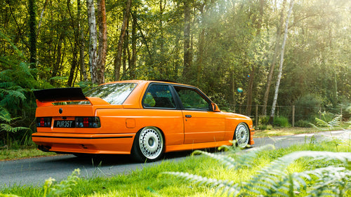 80s BMW M3 on Bugatti Wheels... and 370 Horsepower