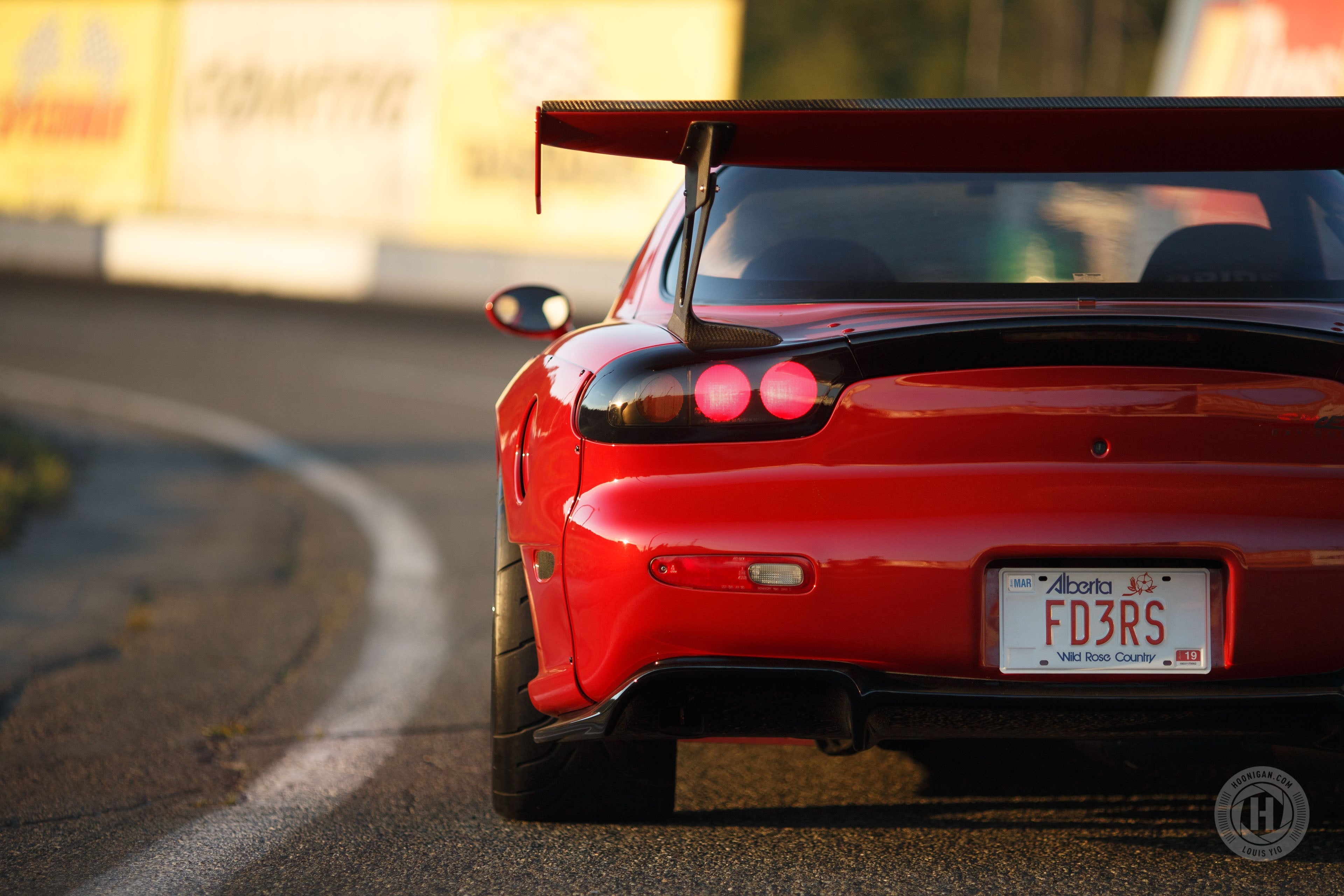 Extreme Weight Reduction - One Clean and Light Mazda RX-7 R2