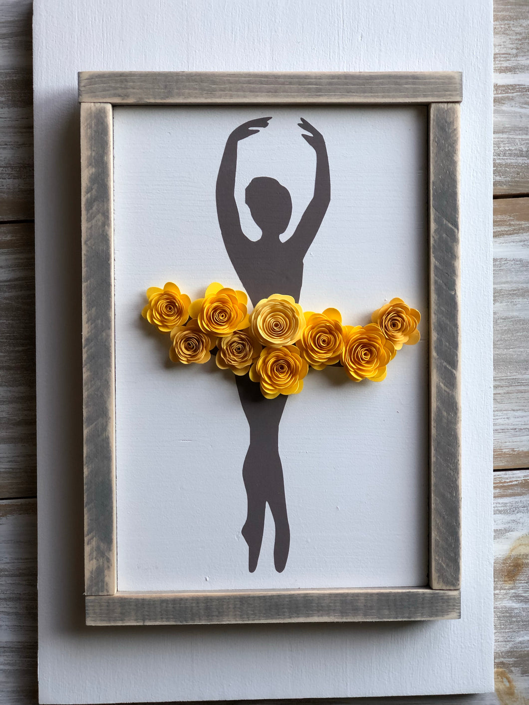 Ballerina sign-Croise pose