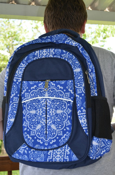 Durable Backpack Fenrici Testimonial