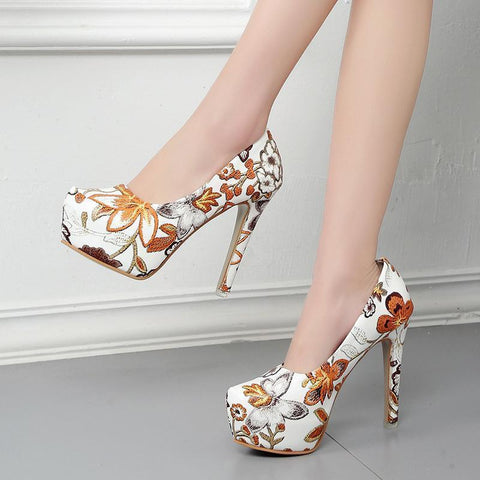 Vintage Ethnic Style Floral Print Shoes