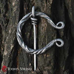 Twisted Penannular Viking Brooch Clasp