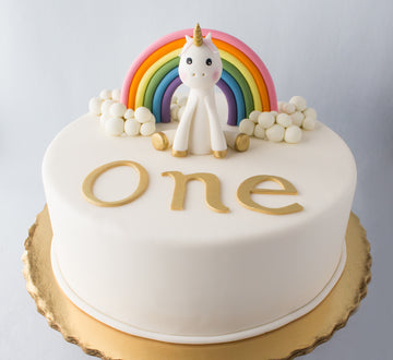 Unicorn & Rainbow Cake