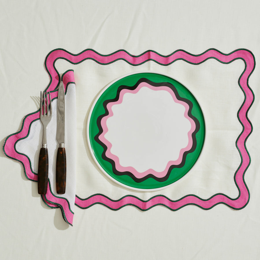 White and Pink Scalloped Edge Placemat - Set of 4
