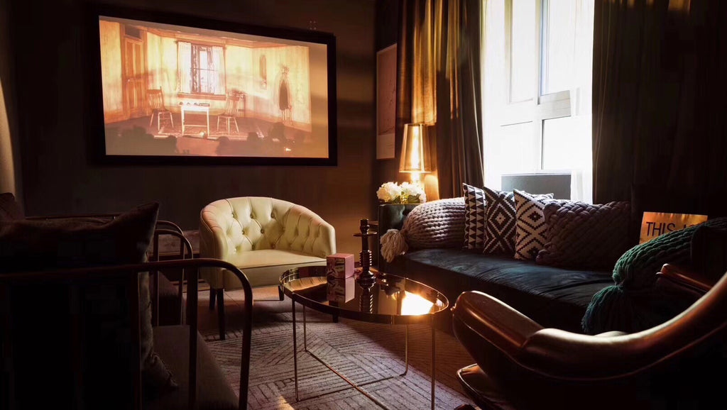 How To Turn Your Regular Room Into A Home Cinema