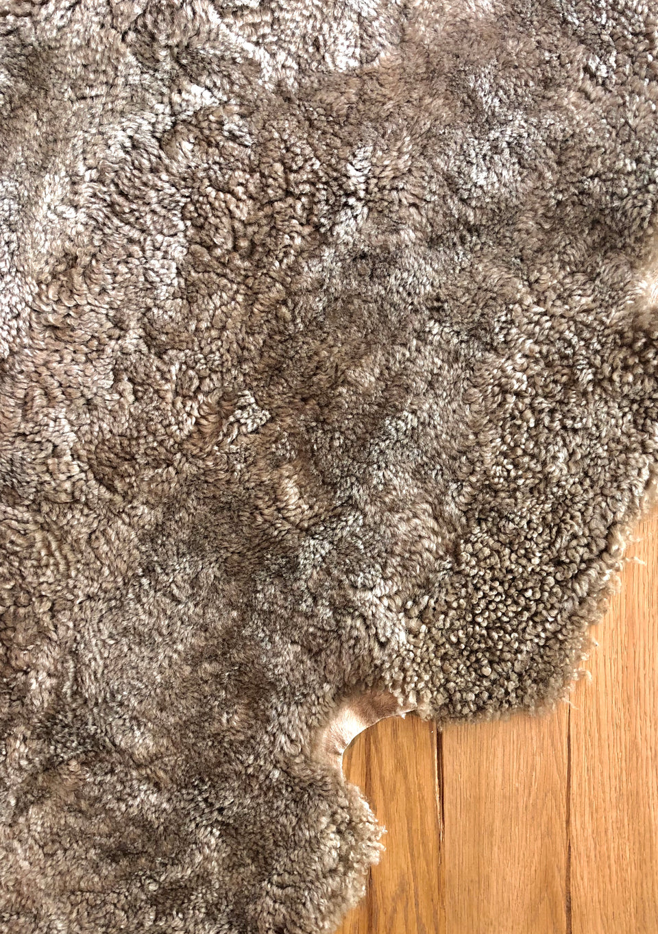 CURLY SHEEPSKIN CORK