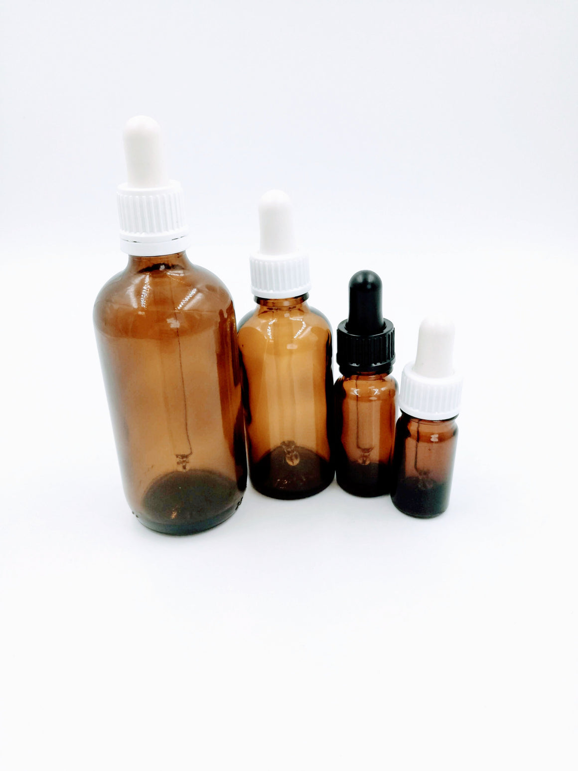 Amber Glass Bottles with Dropper - Petal and Stem - Aromatherapy - Aromaterapia - oleos essencais