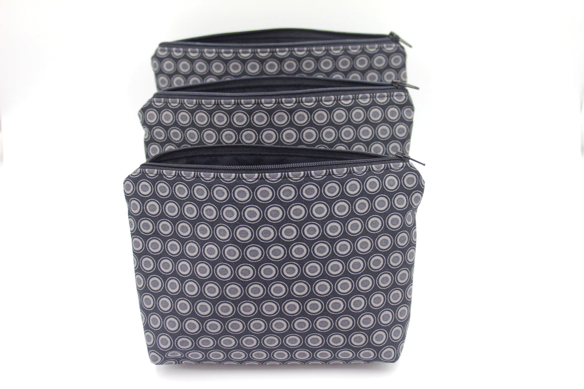 Black Oval Essential Oil Bag, Travel Bag Set, Cosmetic Cotton Bag, Holiday Gift, Gift for Her - Petal and Stem