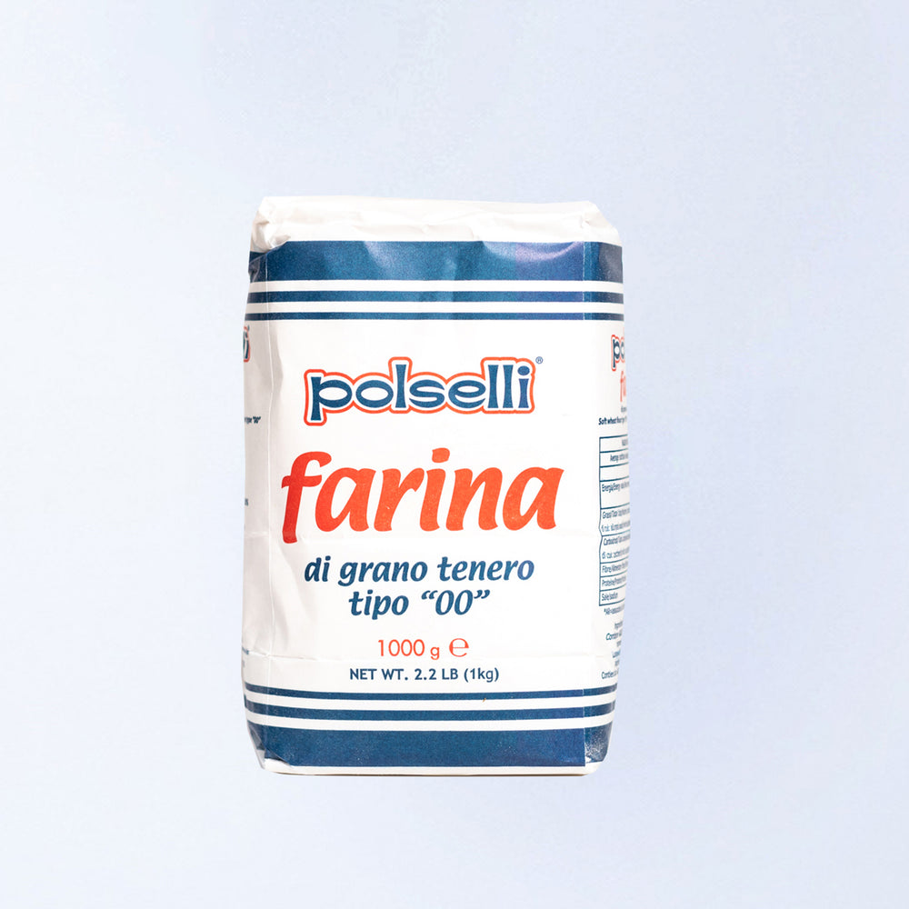 A 1kg bag of Farina 00 Flour.