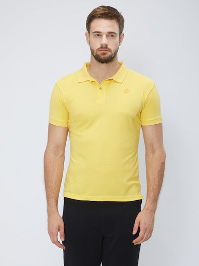 Men Yellow Solid Polo T-shirt Sportsqvest