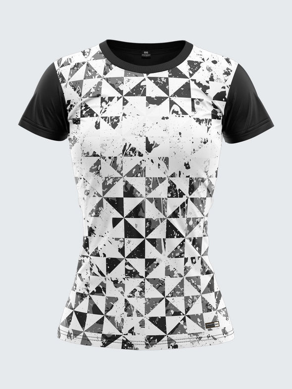 Women Black Printed Round Neck T-shirt Sportsqvest
