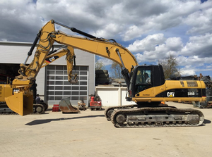 CAT<sup>®</sup> Certified Used 325D Excavator