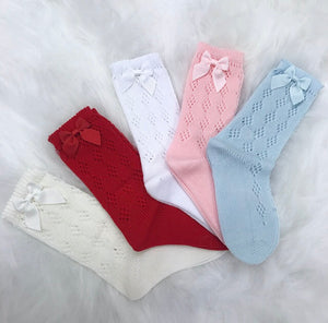 WHITE OPEN KNIT KNEE HIGHS