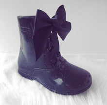 NAVY LEATHER BOW BOOTS