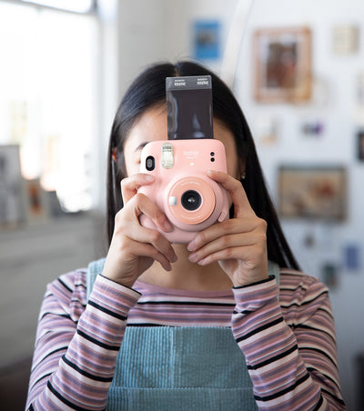 How to snap that spontaneous moment with instax