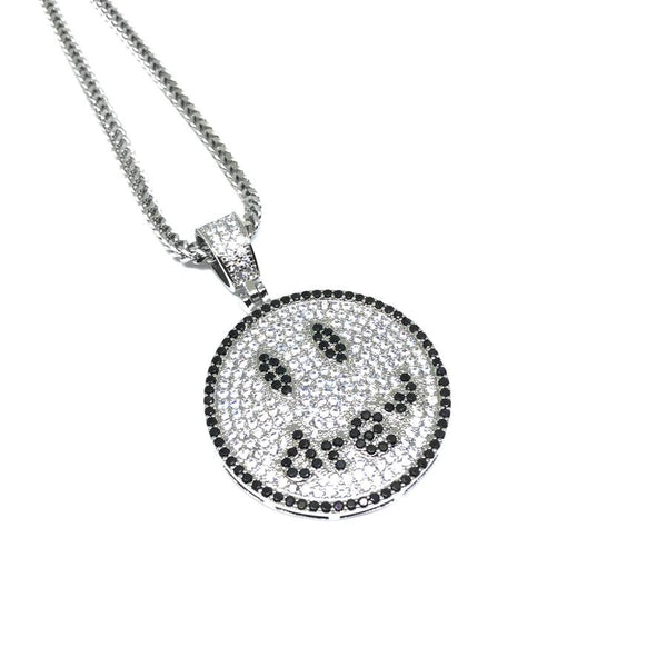 EK | Smiley Necklace Silver