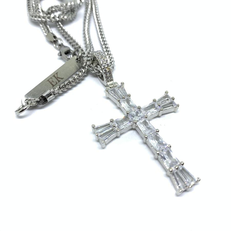 EK | Baguette Cross Necklace Silver