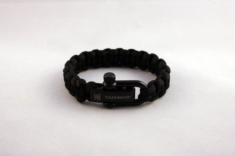 Touchwood | Classic Black Shackle