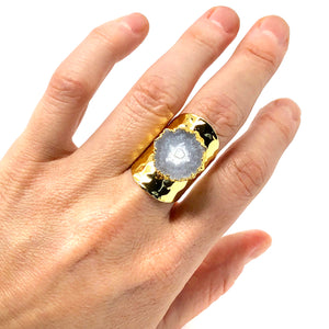 HAMMERED CUFF QUARTZ RING