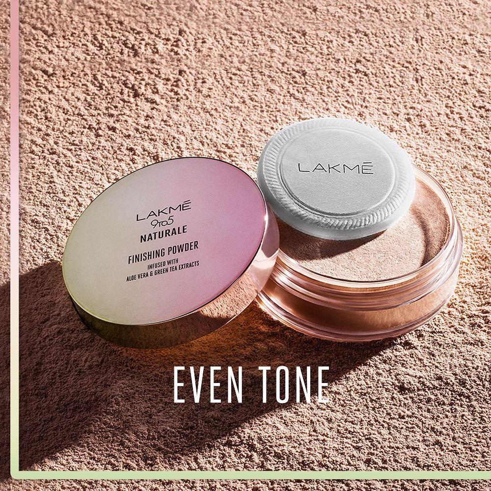 Lakmé 9to5 Naturale Finishing Powder