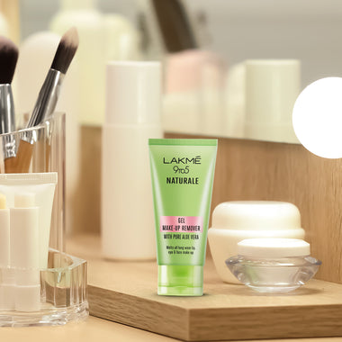 Lakmé 9to5 Naturale  Gel Make-up Remover
