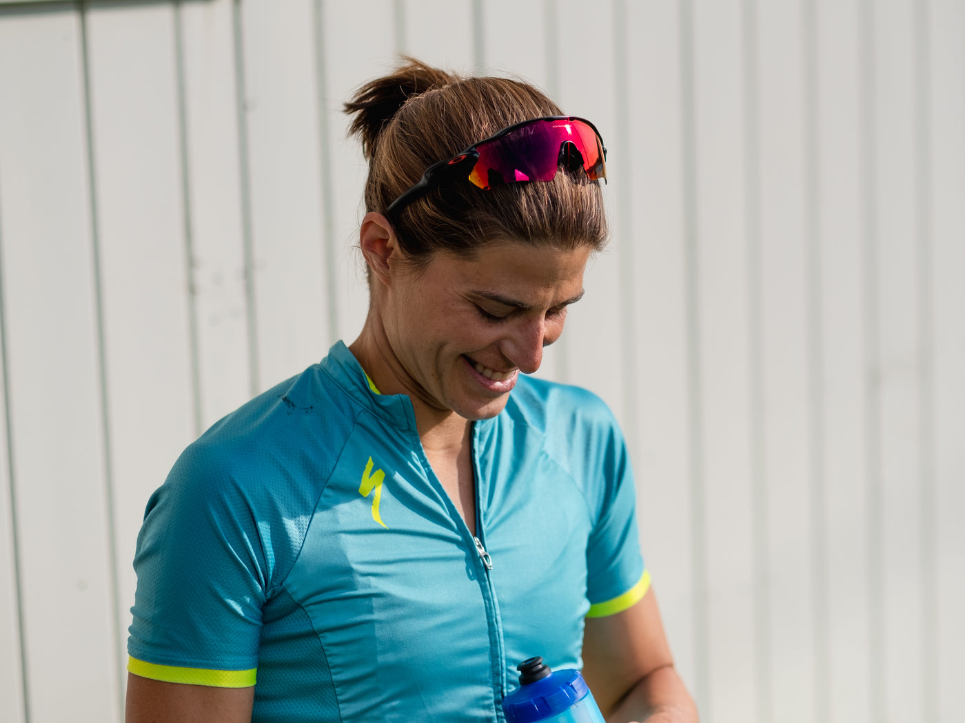 Pro Triathlete, Sarah True holding a nuun hydration bottle