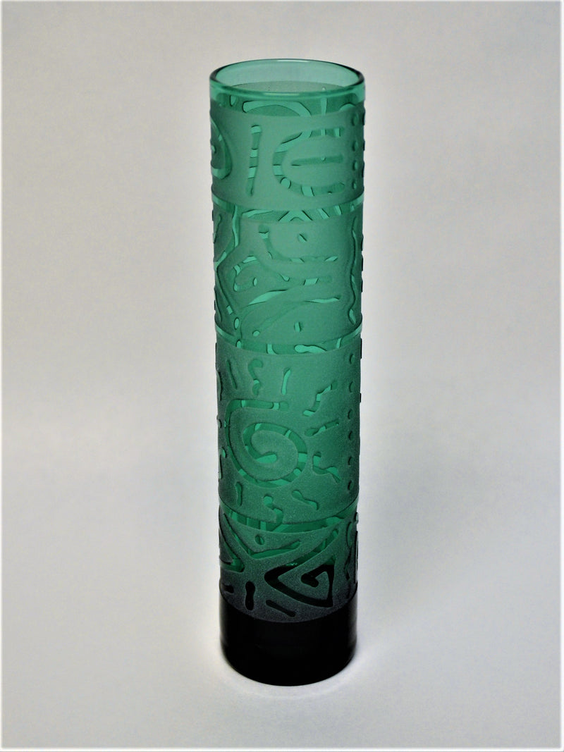 products/Emerald_Bud_Vase_with_Banded_Gemometric_Design_-_It_s_A_Blast_Glass.JPG