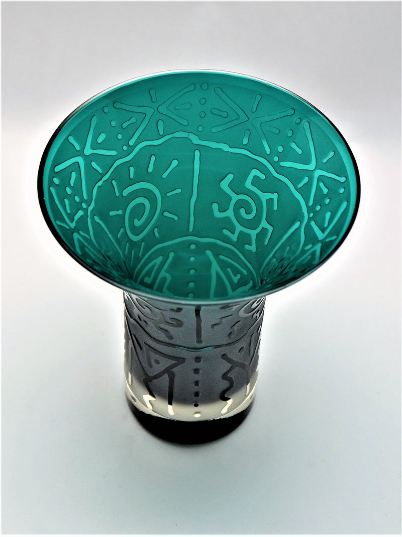 products/Teal_Flared_Handblown_Vase_with_Banded_Suns_and_Geo_Design_top_view_-_It_s_A_Blast_Glass.JPG