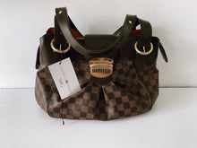 Load image into Gallery viewer, Authentic preowned Louis Vuitton sistina pm